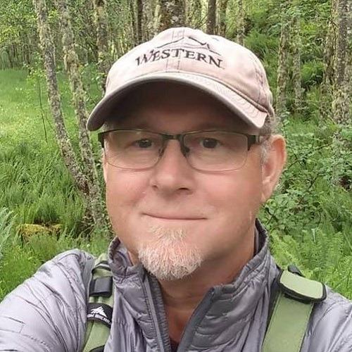 HikingMarkBioPic_500x500